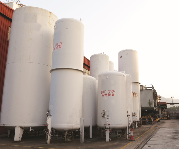 Gas Plant Tanks 182395563