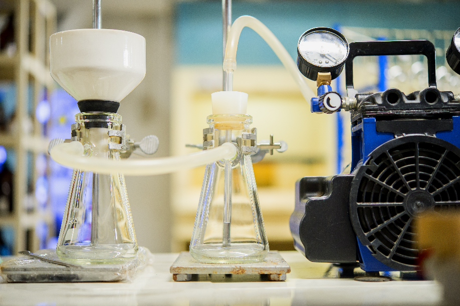 Simple Lab Set-up using Diaphragm Vacuum Pump